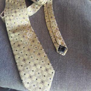 Robert Talbott  printed necktie